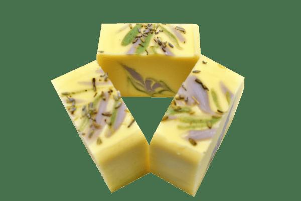Lavandor Kalari - sapun solid din ingrediente naturale, cu ulei esential de lavanda si unt de shea.