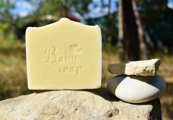 Baby-Soap-sapun-natural-solid-Kalari-cosmetice-naturiste