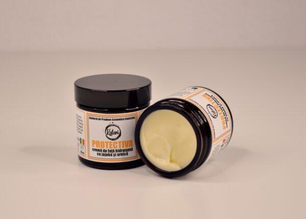 Protectiva - crema de fata, cu ulei de jojoba, extract de arnică si extract de Centella Asiatica. Produs hand made, in Romania. KALARI - cosmetice naturiste.